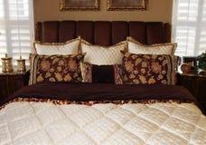 Bello interiore della camera da letto Fotografie Stock