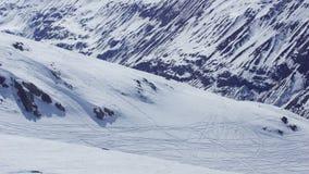 Bello inverno una neve e montagne nelle alpi di Europa Immagini Stock Libere da Diritti