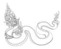 Bello Kinnaree è signora tailandese con l'onda di acqua e dell'ala sul fondo della luna e della nuvola Coda leggiadramente tailan royalty illustrazione gratis