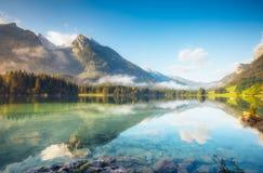 Bello lago alpino Fotografia Stock