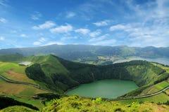Bello lago di Sete Cidades, Azzorre, Portogallo Europa Immagini Stock