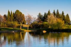 Bello lago e Mountain View in Sandanski Immagine Stock Libera da Diritti
