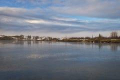 Bello lago ghiacciato in Islanda fotografia stock libera da diritti