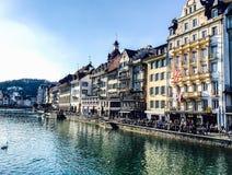 Bello lago Lucerna, città di vista aerea la stagione primaverile, barca fotografia stock libera da diritti