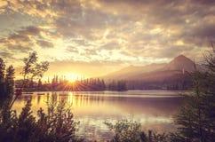 Bello lago in montagne Fotografie Stock Libere da Diritti