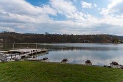 Bello lago a Sibiu fotografia stock libera da diritti