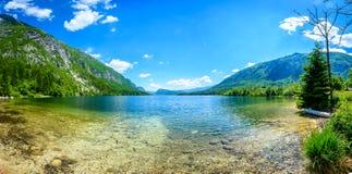 Bello lago stupefacente Bohinj nella vista della Slovenia da Ukanc Immagine Stock