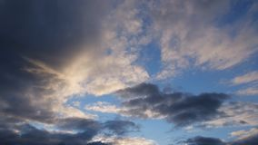 Bello lasso di tempo della nuvola di tempesta di giorno di estate video d archivio