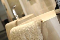 Bello lavandino di pietra. Fotografia Stock