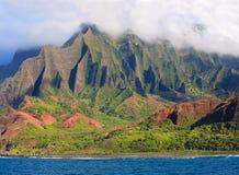Bello litorale del Na Pali del Kauai immagine stock libera da diritti