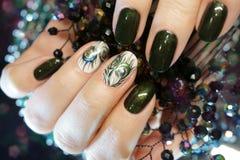 Bello manicure di Atr dell'unghia Progettazioni del chiodo con la decorazione Fotografia Stock
