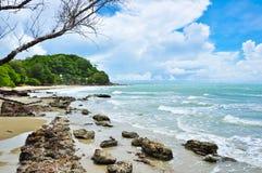 Bello mare tropicale in Rayong Tailandia. Immagine Stock Libera da Diritti