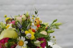 Bello mazzo dai fiori selvaggi immagine stock