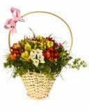 Bello mazzo della merce nel carrello luminosa dei fiori Fotografie Stock Libere da Diritti
