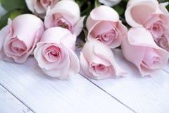 Bello mazzo delle rose rosa molli immagini stock