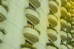 Bello modello di progettazione di architettura del terrazzo Molto Windows a Fotografia Stock