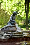 Bello monumento con la fontana Immagini Stock Libere da Diritti