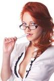 Bello morso del ritratto della donna di affari una penna Immagine Stock Libera da Diritti