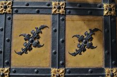 Bello ornamento alla porta a Monaco di Baviera in Germania fotografia stock