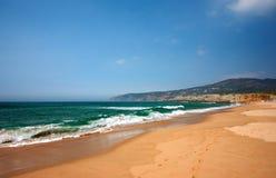Bello paesaggio alla spiaggia Immagini Stock