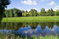 Bello paesaggio del fiume Fotografia Stock Libera da Diritti