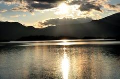 Bello paesaggio del lago Fotografia Stock
