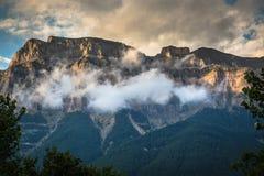 Bello paesaggio del parco nazionale famoso di Ordesa, Pirenei, PS fotografia stock