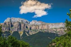 Bello paesaggio del parco nazionale famoso di Ordesa, Pirenei, PS fotografie stock libere da diritti