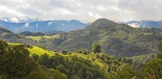 Bello paesaggio della montagna Immagini Stock