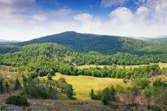 Bello paesaggio della montagna con le ombre dalle nuvole Alpi di Dinaric, Montenegro Fotografia Stock
