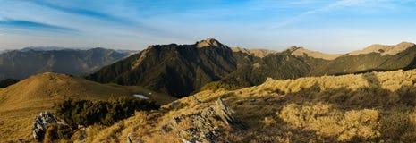 Bello paesaggio della montagna di panorama Fotografie Stock Libere da Diritti