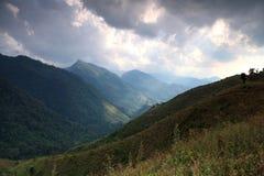 Bello paesaggio della montagna a Nan Immagini Stock
