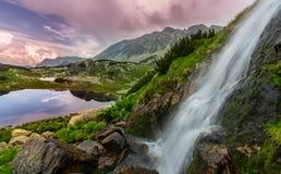 Bello paesaggio della montagna nella Transilvania Fotografie Stock
