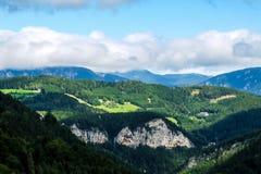 Bello paesaggio della montagna nelle alpi austriache Immagine Stock