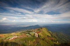 Bello paesaggio della montagna in Phutabberk Phetchabun, Tailandia Immagine Stock Libera da Diritti