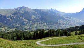 Bello paesaggio delle alpi svizzere Fotografia Stock