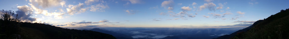 Bello paesaggio di alba di Kew Mae Pan Nature Trail Fotografie Stock Libere da Diritti