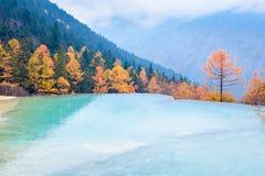 Bello paesaggio di autunno del huanglong in Cina Fotografia Stock Libera da Diritti