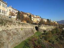 Bello paesaggio di Citta Alta, la città superiore di Bergamo Immagine Stock