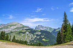Bello paesaggio di estate nelle alpi francesi Immagine Stock Libera da Diritti