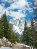 Bello paesaggio di inverno delle montagne alpine Immagine Stock