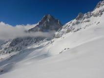 Bello paesaggio di inverno delle montagne del gebirge dei totalizzatori Fotografie Stock