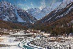 Bello paesaggio di inverno, montagne Russia di Altai Fotografia Stock