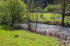Bello paesaggio Il piccolo villaggio in Francia Immagini Stock