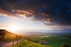 Bello paesaggio inglese della campagna Immagini Stock