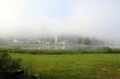 Bello paesaggio naturale di Abbey Lake in Giura, Francia Immagine Stock Libera da Diritti