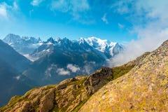 Bello paesaggio nelle alpi francesi vicino a Mont Blanc, Europa Immagini Stock