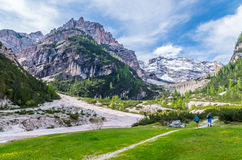 Bello paesaggio nelle dolomia, Fanes-Sennes-Braies, Italia della montagna Fotografia Stock