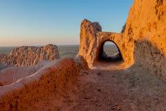 Bello paesaggio rievocativo di Uluru o del Grand Canyon Fotografia Stock Libera da Diritti