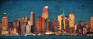 Bello paesaggio urbano di New York sopra il hudson Immagini Stock